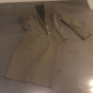 Ann Taylor brown suit.  jacket 2P and skirt 4P